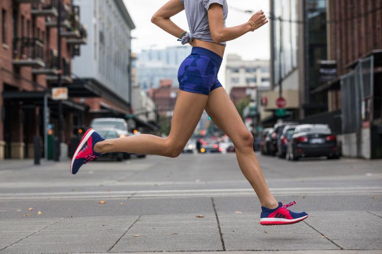 gallery-1454341393-adidas-pureboost-running-shoe-06