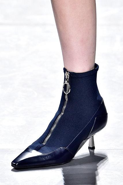 27tmag-shoe01-blog427